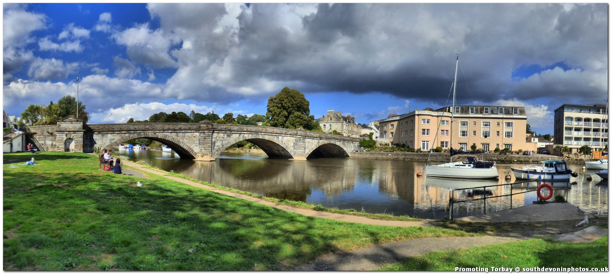 Totnes On The River Dart South Devon In Photos
